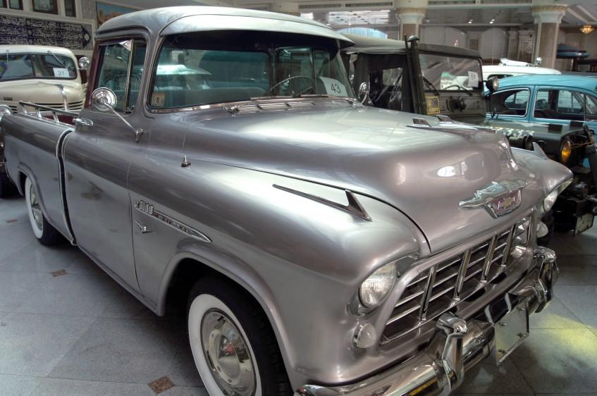 Al Serkal Classic Cars Collection In Dubai Uae 360carmuseum Com
