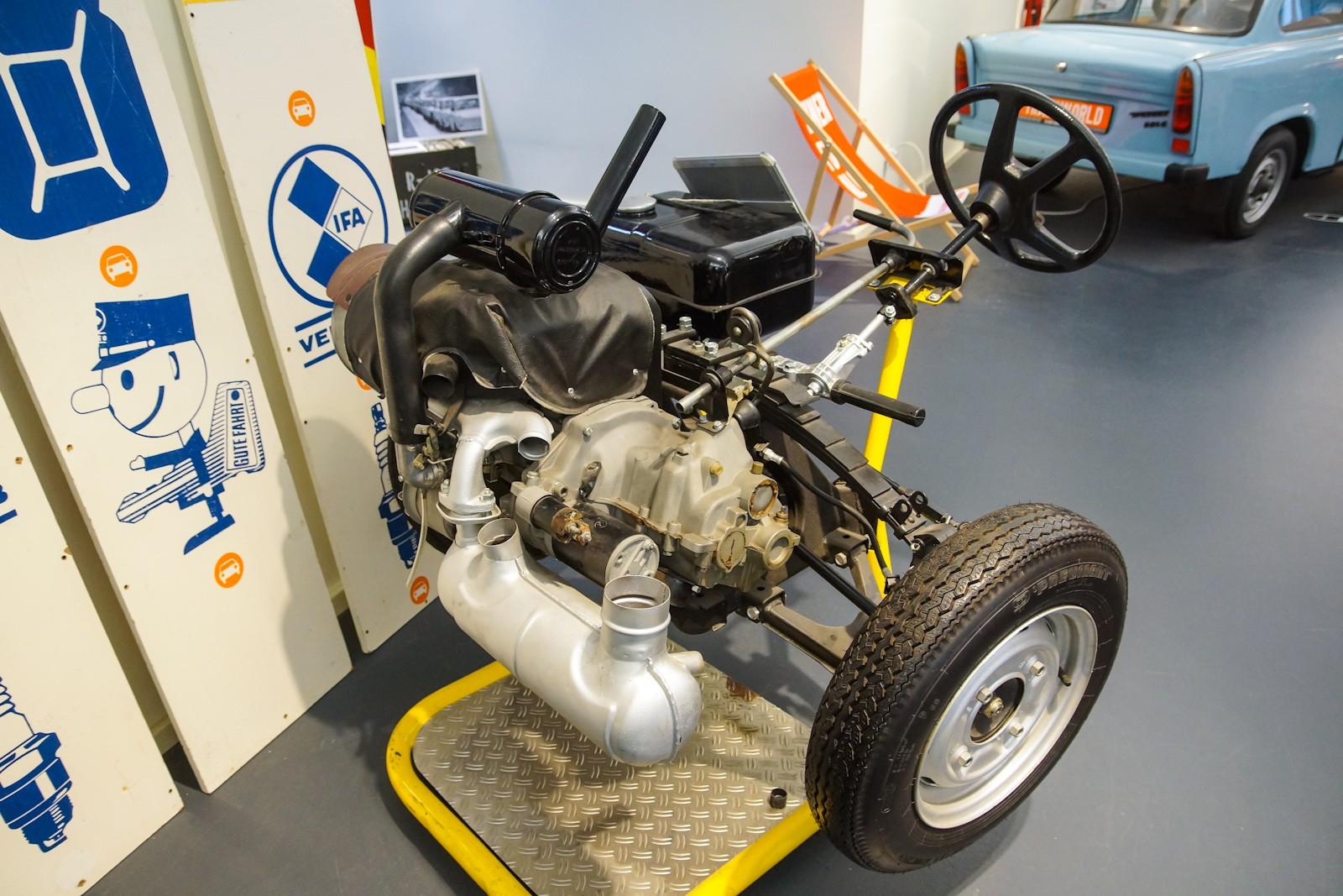 0 trabant 601 engine and transmission museum exhibit. Black Bedroom Furniture Sets. Home Design Ideas
