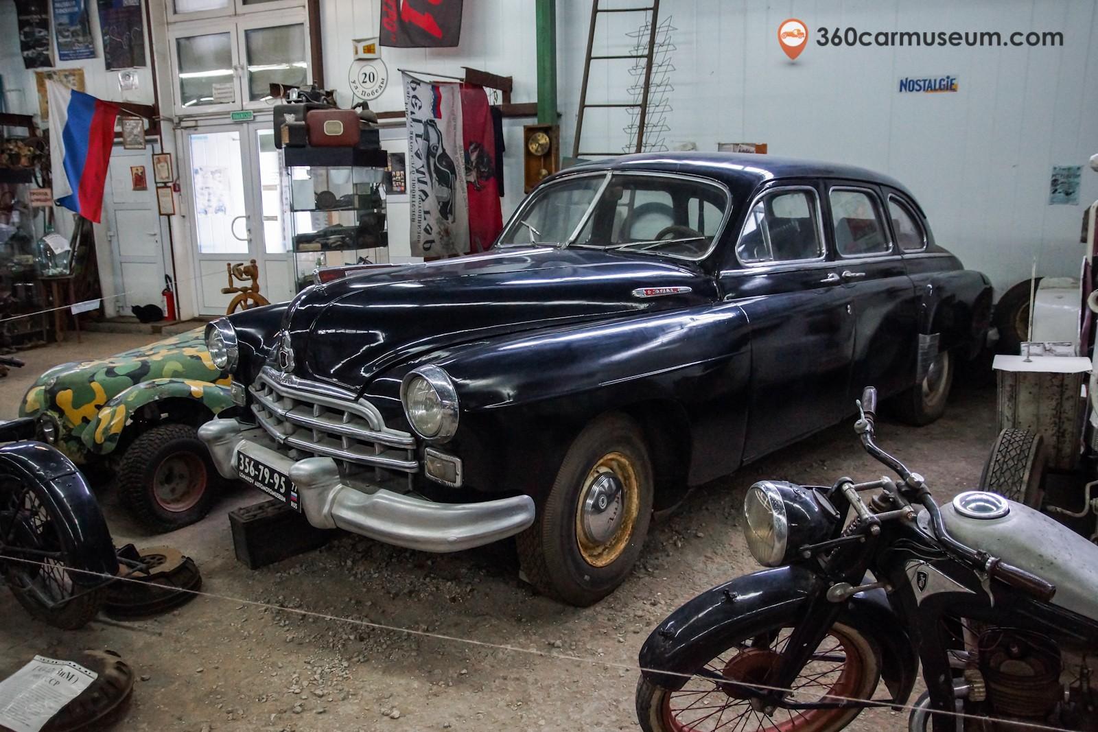 1955 GAZ-12 ZIM - museum exhibit | 360CarMuseum.com